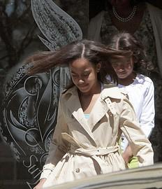 Sasha and Malia Obama SC