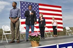 Obama-Crotch-Salute