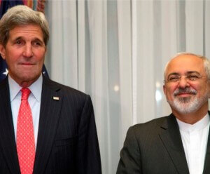 John Kerry (L) and Iranian Foreign Minister Mohammad Javad Zarif (R)