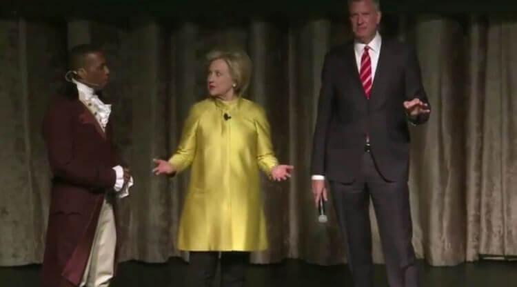 Clinton and de Blasio at the Inner Circle Dinner. Image Credit: Video Screenshot