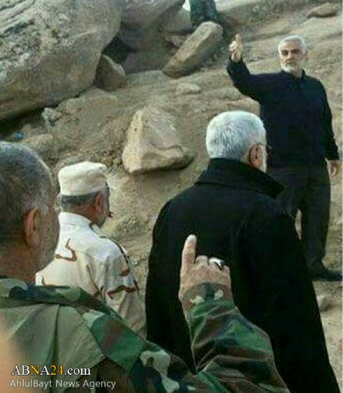 Gen. Qassem Soleimani, the commander of the Quds Force of the Iranian Revolutionary Guard Corps, with commanders of the Shiite militias in the area of Mosul in mid-October. Credit: ABNA