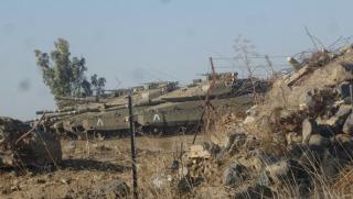 Israeli Merkava tanks on the Syrian Israeli border. Credit: Yochanan Visser