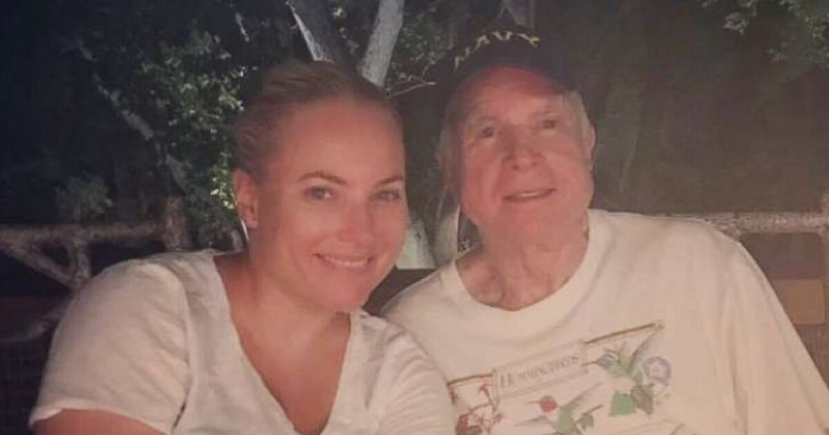 McCain's Daughter Updates Public on His Future After Cancer Treatments
