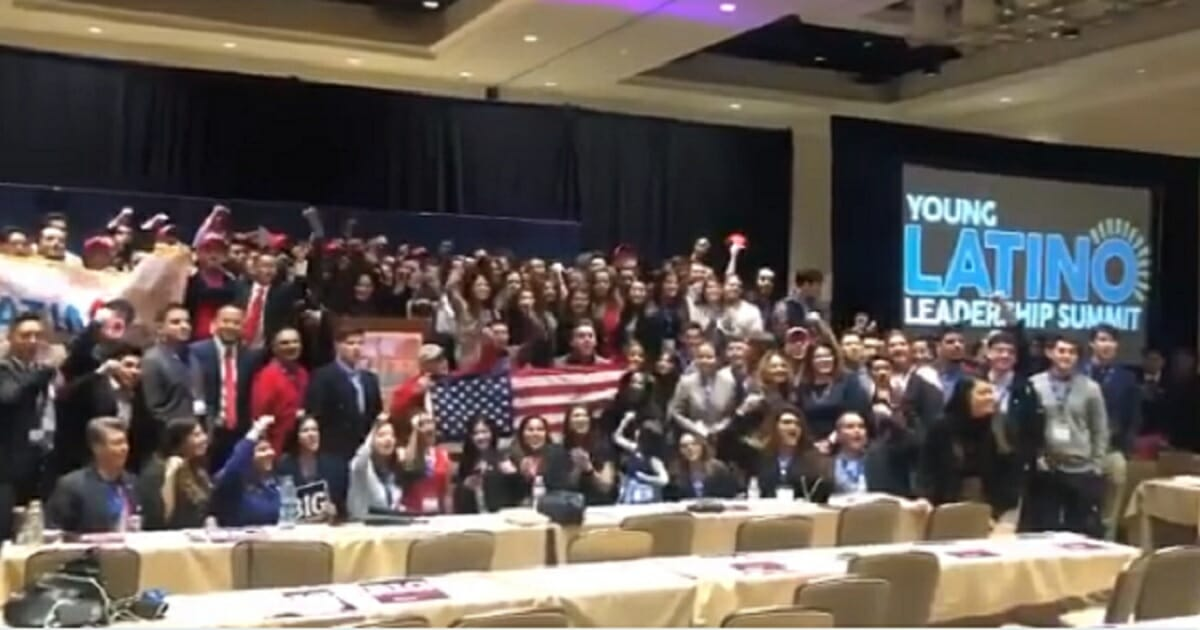 'Largest' Gathering of Young Latino Conservatives Meets in AZ: 'We Support Trump, We Want the Wall'