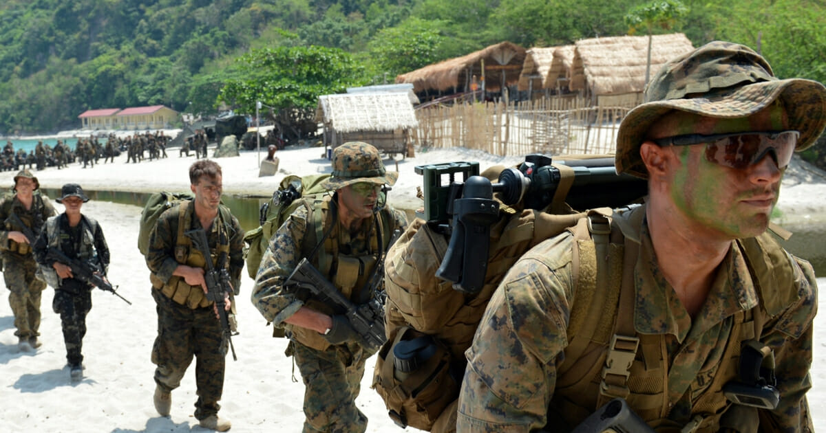 US Troops Practice Storming Pacific Island in 'Clear Signal' to China