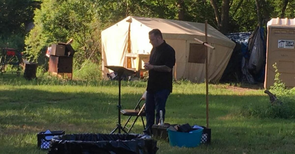 Pastor Brings 'Church' to City's Homeless: 'Hopefully One Day This Church Isn't Needed'