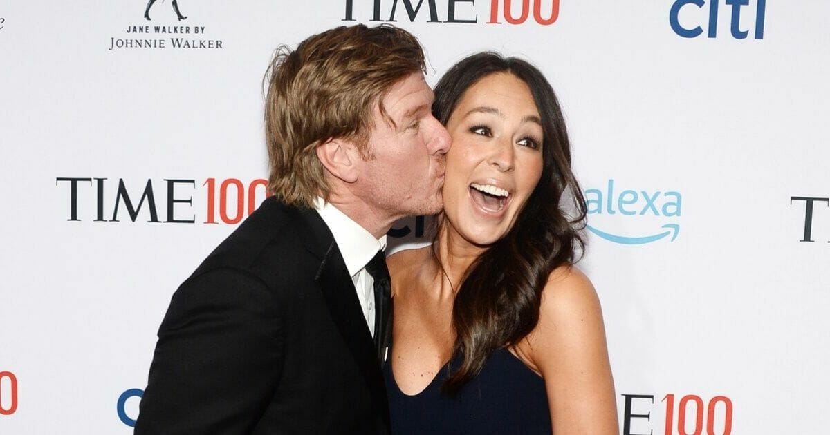Hang Onto Your Shiplap: Chip and Joanna Gaines Are Opening a Hotel