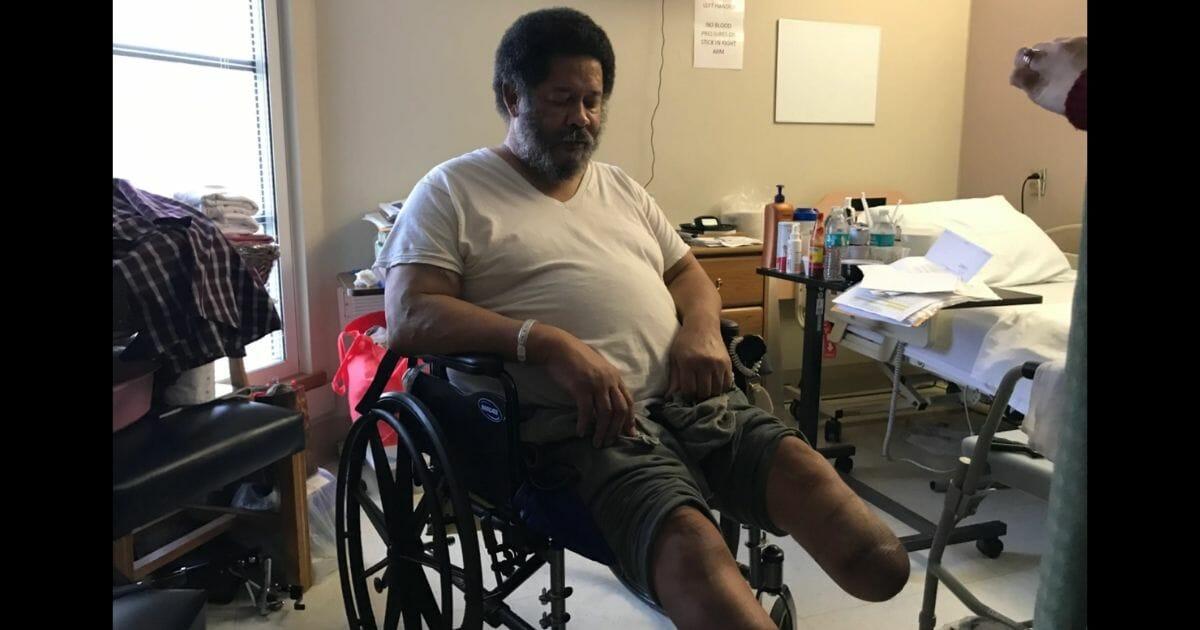 Veteran's Prosthetic Legs Repossessed Two Days Before Christmas, VA Vows To Make Him New Ones