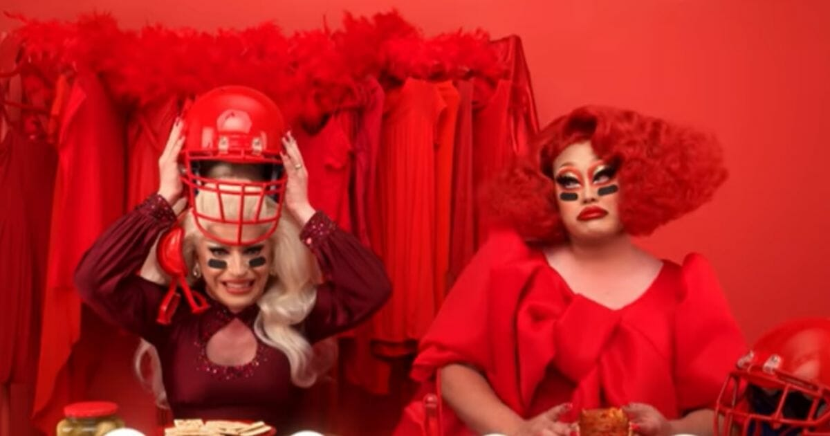 LGBT Crowd Celebrates Super Bowl Ad Exposing Nation to Drag Queens: 'Ready, Cracker?'