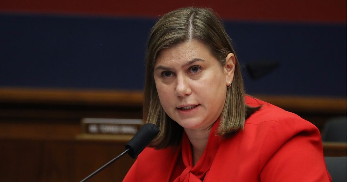 Dem Rep Vows Not To Leave DC Until COVID Deal Reached, Gets Caught in Airport 40 Minutes Later