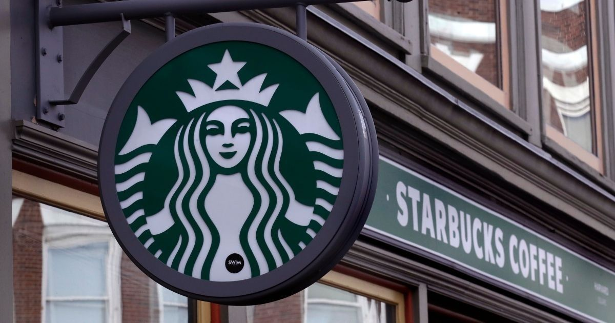 Here's How Starbucks Has Been Benefiting Off Its Mobile Customers Without Their Knowledge