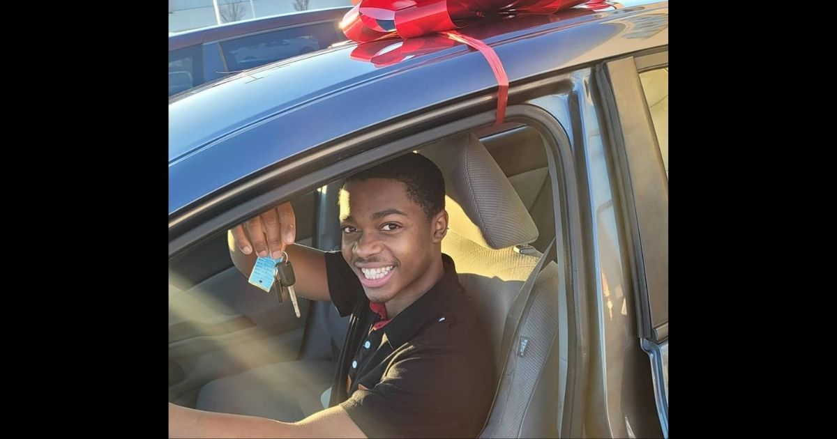 Teen Who Walked 7 Miles to Work Every Day Is Gifted Car by Total Stranger